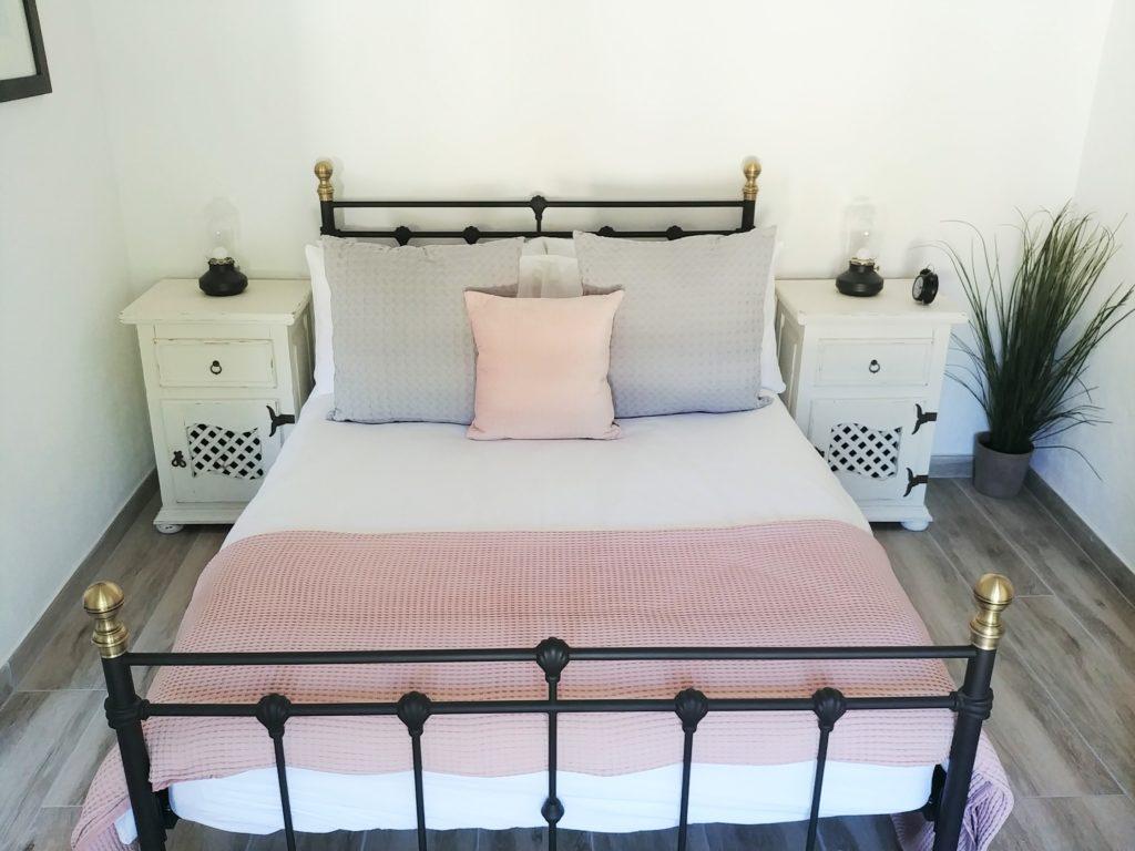 2 Bed apt Bedroom1